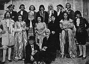Il Rettore Bernardi con i convittori protagonisti di una rappresentazione teatrale